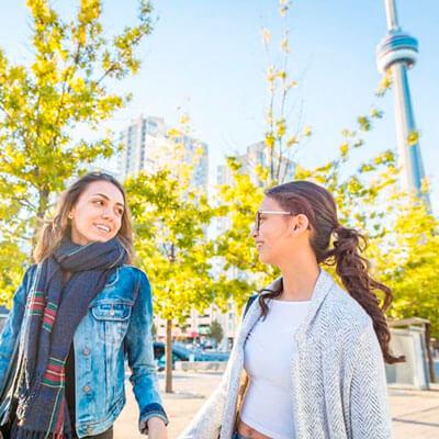 ws-estudios-en-el-exterior-canada-sky-tower-students