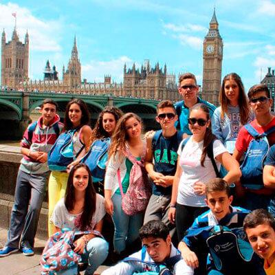 ws-estudios-en-el-exterior-inglaterra-london-bridge-students